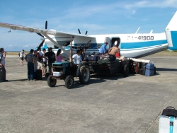 Unloading the aircraft