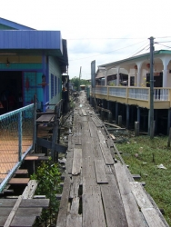 Typical smaal street as you find many on the island